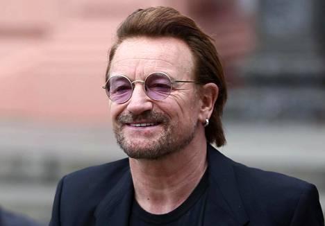 U2-yhtyeen laulaja Bono, oikealta nimeltään Paul Hewson.
