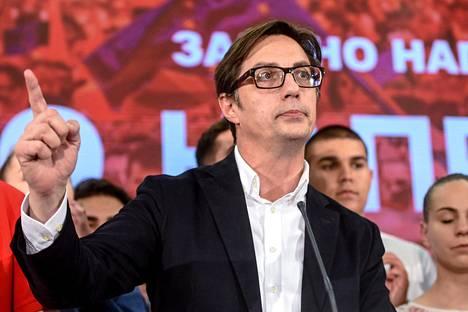 Pohjois-Makedonian presidentinvaalit voitti hallituksen tukema sosiaalidemokraattisen puolueen ehdokas Stevo Pendarovski.