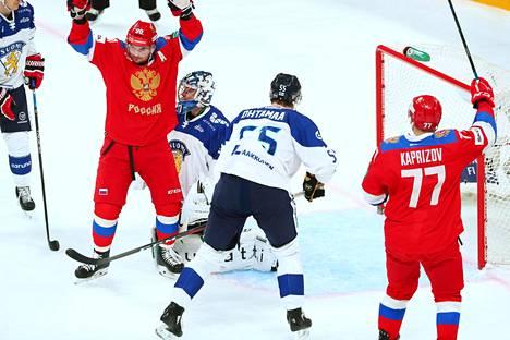 Venäläisillä riitti juhlittavaa Karjala-turnauksen avausottelussa Suomea vastaan.
