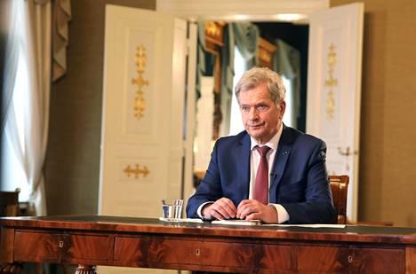 Tasavallan presidentti Sauli Niinistö tapasi Politiikan toimittajat ry:n edustajia etäyhteydellä 21. tammikuuta 2021.