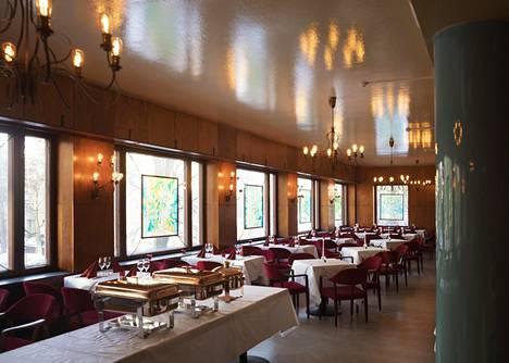 HOK:n vuonna 1946 nimellä Ravintola 11 avaama meilahtelaisklassikko on nyt Meiccu.