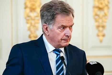 Presidentti Sauli Niinistö sanoo olevansa valmis toteamaan poikkeustilan, jos hallitus niin haluaa.