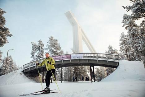 Antti Sihlman harrastaa muun muassa salibandya, hiihtoa, soutua, golfia ja pyöräilyä.