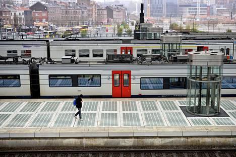 Liègessä sijaitsevalla rautatieasemalla oli hiljaista perjantaina.