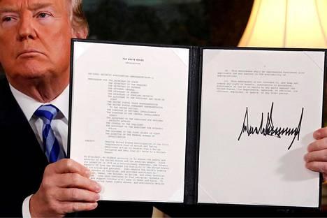 Yhdysvaltain presidentti Donald Trump esitteli presidentillistä asetusta Iranin ydinsopimuksesta vetäytymisestä toukokuussa 2018.