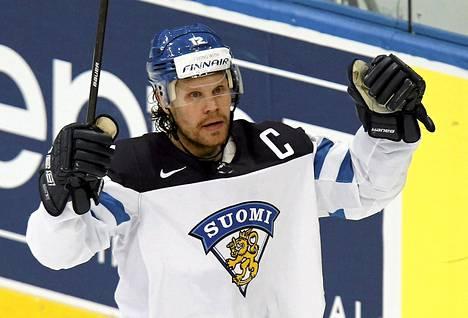 Olli Jokinen kipparoi Leijonia Minskin MM-turnauksessa.