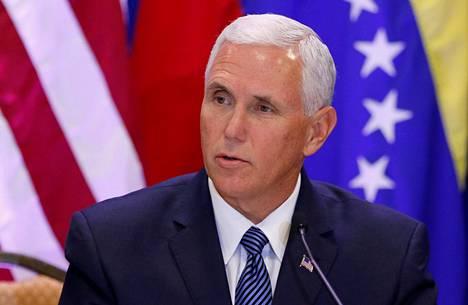 Varapresidentti Mike Pence kuvattuna 23. elokuuta 2017.