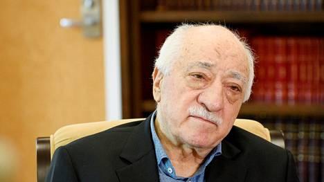 Fetullah Gülen on Yhdysvalloissa asuva turkkilainen uskonnollinen johtaja, jota Turkki syyttää vuoden 2016 epäonnistuneen vallankaappauksen järjestämisestä.