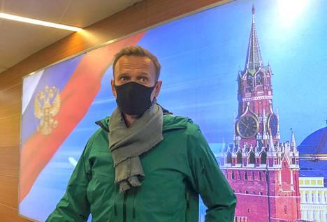 Aleksei Navalnyi saapui sunnuntaina Moskovan Šeremetjevon lentokentälle.