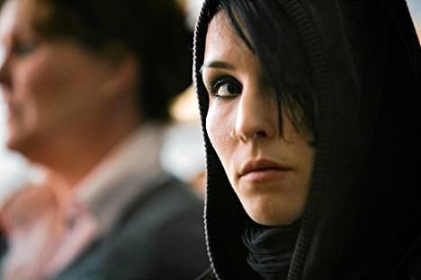 Noomi Rapace näytteli Lisbeth Salanderin roolia Millenium-trilogian ruotsalaisessa elokuvaversiossa.