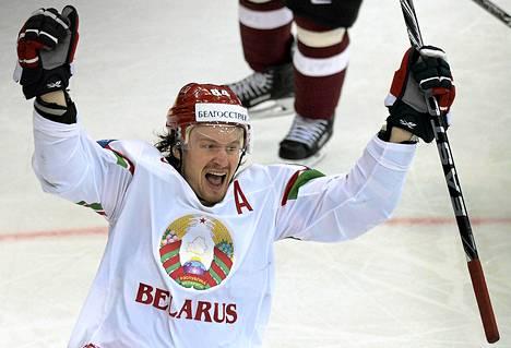 Mihail Grabovski pelasi Valko-Venäjän paidassa MM-kotikisoissa.
