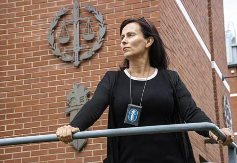 Minna Immonen on tutkinut ihmiskauppaa ja sen kaltaista hyväksikäyttöä toistakymmentä vuotta.