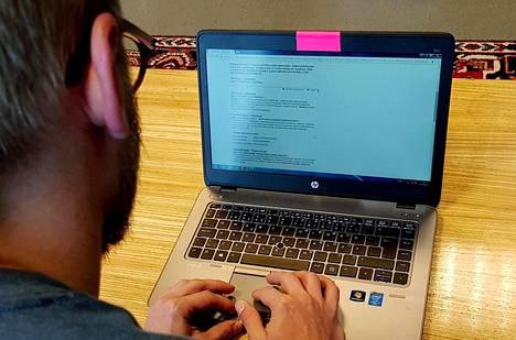 Verkkohyökkääjä voi päästä käsiksi tietokoneeseen nettikameran kautta.
