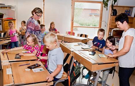 Ruokolahden kirkonkylän koulun ensimmäinen luokka on väistötiloissa entisessä päiväkodissa.