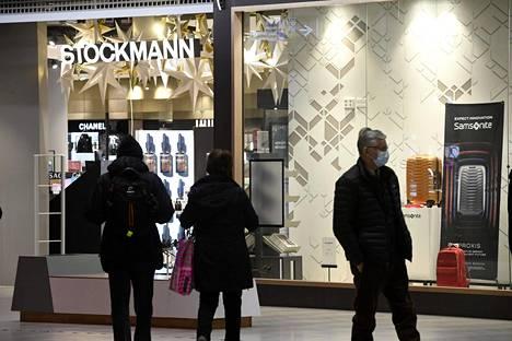 Joulukauppa sujui Stockmannin johdon mukaan lähes normaalisti.