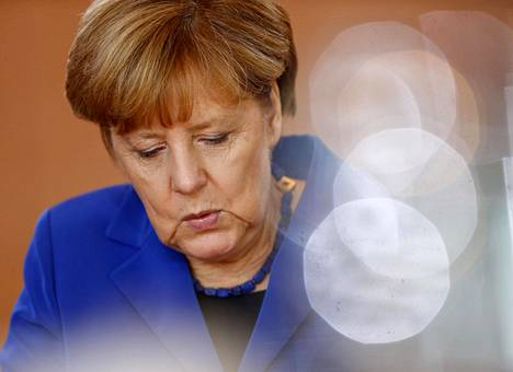 Elleivät Saksan liittokansleri Angela Merkel ja hänen hallituksensa pysty nopeasti tarjoamaan uskottavia ratkaisuehdotuksia, kansalaisten luottamus murenee.