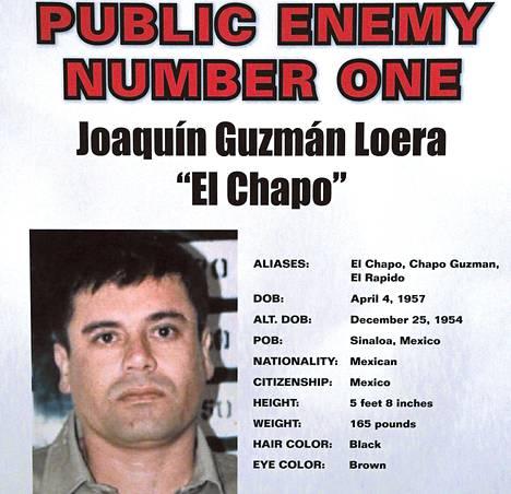 Chicagon rikoskomissio esitteli viime torstaina etsintäkuulutusjulisteen Joaquín Guzmánista.
