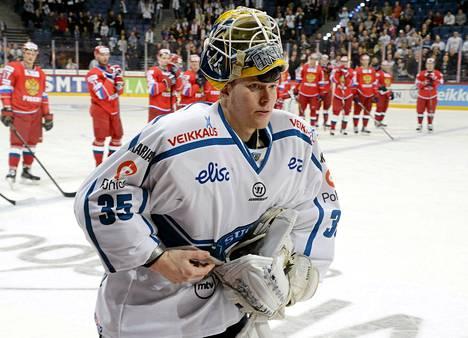 Atte Engren torjui 28 laukausta Venäjä-ottelussa.