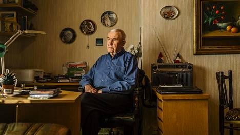 Kemiläinen 85-vuotias Pentti Tenhunen on asunut nyt yksin neljän vuoden ajan. Vaimo Eija asui viimeiset vuodet vanhainkodissa.