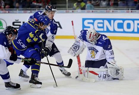 Kevin Lankinen torjui 28 laukausta Suomen maalilla.