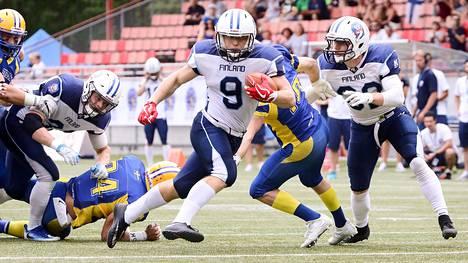 Suomi ja Ruotsi kohtasivat amerikkalaisen jalkapallon EM-pronssiottelussa syksyllä 2018. Suomi voitti ottelun lukemin 35–18.