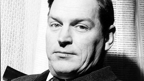 Yleisradio aloitti vauhdikkaan uudistumisen Eino S. Revon johdolla.
