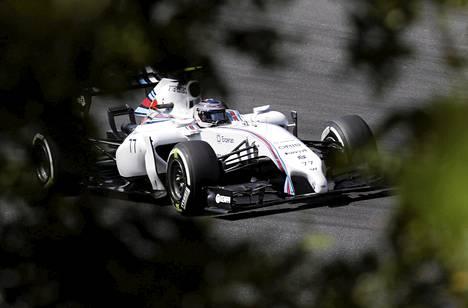 Williamsin Valtteri Bottas sai hyvän pidon renkaisiinsa perjantain toisissa harjoituksissa Unkarin Hungaroringillä.