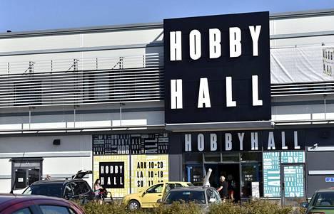 Hobby Hall kertoi perjantaina sulkevansa ainoan liikkeensä, joka sijaitsee Vantaan Tammistossa.