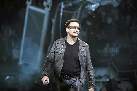 Bono kuvattuna Helsingissä elokuussa 2010.