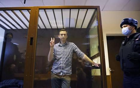 Venäjän vangittu oppositiojohtaja Aleksei Navalnyi oikeudenkäynnissä 20. helmikuuta.