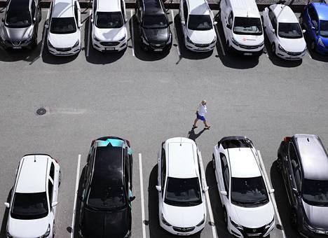 Länsiauto ja Enterprise tarjoavat myös uudehkoja vaihtoautoja minileasing-käyttöön.