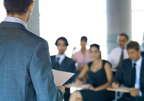 Työelämä on muuttunut monella tapaa, mutta delegoinnin merkitys ei ole vähentynyt. Kyse on edelleen perustaidosta.