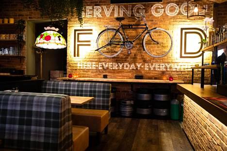 Ravintolan ilme on päivityksen jäljiltä tyylikkään rauhallinen.
