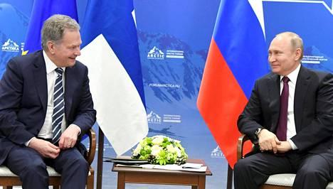 Presidentit Sauli Niinistö ja Vladimir Putin tapasivat tiistaina Pietarissa.
