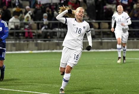Hyökkääjä Linda Sällström ja naisten jalkapallomaajoukkue tavoittelevat käynnissä olevista EM-karsinnoista paikkaa vuoden 2021 EM-turnaukseen.