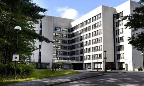 Nihtisillan keskuksessa Espoossa on valtaosa pääkaupunkiseudun vastaanottokeskuksissa havaituista koronavirustartunnoista. Keskus on pääkaupunkiseudun suurin. Siellä asuu noin 410 turvapaikanhakijaa. Kuva on syyskuulta 2017.