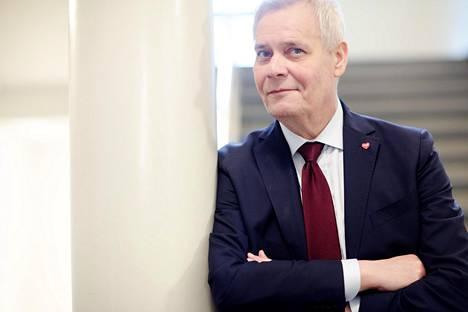 Sdp:n puheenjohtaja Antti Rinne (sd) toimii tällä hetkellä paitsi hallitustunnustelijana myös eduskunnan puhemiehenä. Ay-taustainen Rinne on omimmillaan neuvottelutilanteissa.