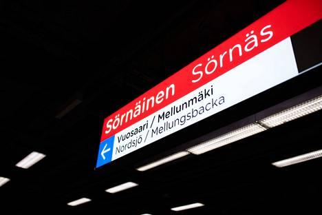 Helsingin kaupungin liikennelaitos vastaa metro- ja raitiovaunuliikenteestä.