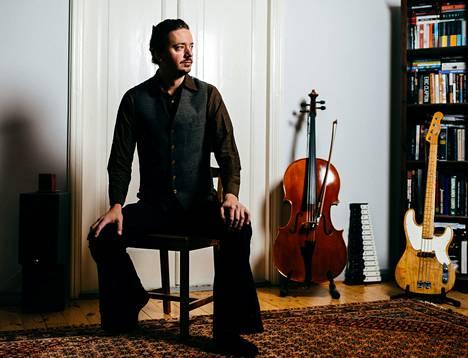 Lauri Porra soittaa tänään torstaina konserttonsa kantaesityksen solistina Sinfonia Lahden konsertissa.