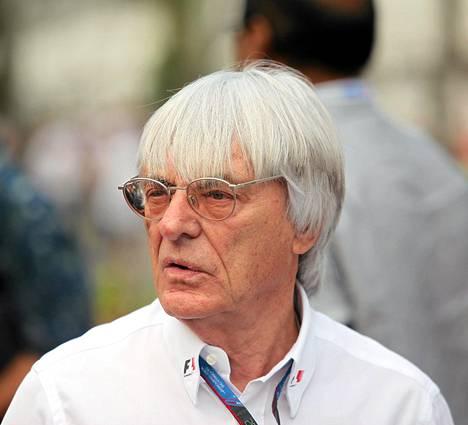 Bernie Ecclestone on tehnyt tarjouksen maineikkaan Nürburgring moottoriradan ostamisesta.