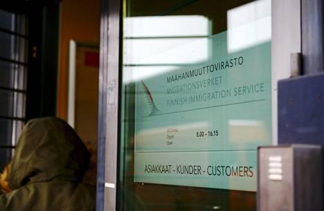 Päätökset maasta karkottamisesta tekee Maahanmuuttovirasto.