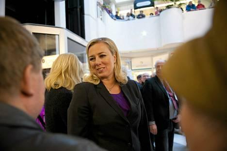 Jutta Urpilainen Sdp:n puoluevaltuuston kokouksessa Kuopiossa 24. marraskuuta 2012.