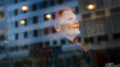 60-vuotias | Televisiosta tuttu kokki Maija Silvennoinen työskenteli aikoinaan Helsingin huippupaikoissa, kunnes päätti jättää uran ulkomailla ja palata takaisin Saarijärvelle
