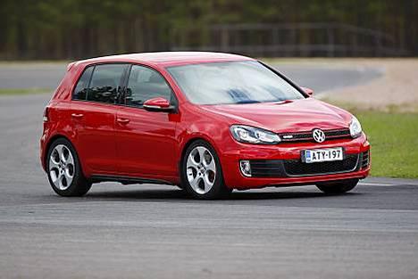 Volkswagen Golf oli viime vuonna Euroopan myydyin automalli