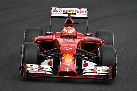 Kimi Räikkösellä on ollut vaikea kausi Ferrarin ratissa.