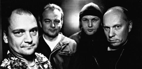 Janne Haavisto (vas.), Mikko Lankinen, Tom Nyman ja Matti Pitsinki olivat Laika & The Cosmonauts.