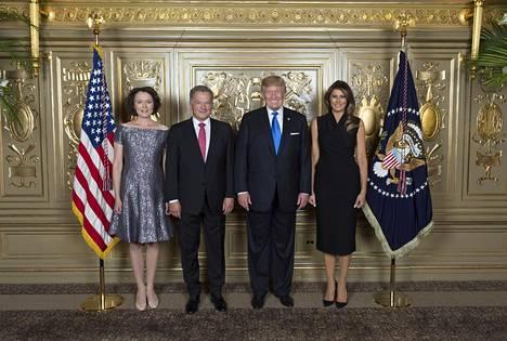Presidentti Sauli Niinistö ja Jenni Haukio Yhdysvaltain presidentti Donald Trumpin ja Melania Trumpin vastaanotolla New Yorkissa 19. syyskuuta 2017.