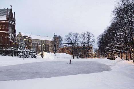 Johanneksen kirkon kenttä talvella 2010.