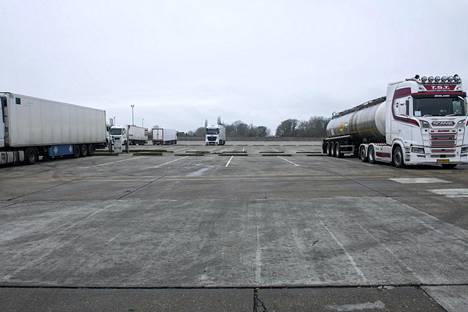 Rekkojen pysähdyspaikalla Ashfordin lähellä Kentissä oli lauantaina hiljaista.