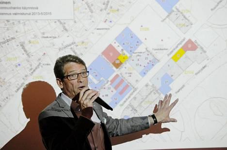 Tapani Mäkinen oli Vantaan kaupunginhallituksen puheenjohtaja vuoden 2015 keväällä.